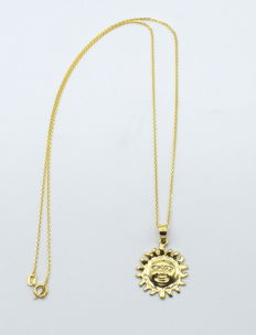 14 carat yellow gold chain with sun  pendant - 45 cm
