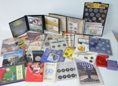 World - 30 coin sets, various
