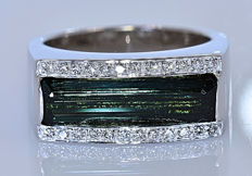 7.19 ct Green Tourmaline with Diamonds, designer ring - No reserve price!
