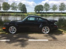 Porsche - 911 Turbo - Original