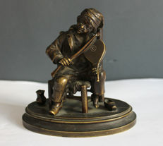 Small bronze statuette of a musician - France -second half of the 19th century
