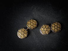 Pair of cufflinks in 18 kt yellow gold with circular shape — made in early 1900s
