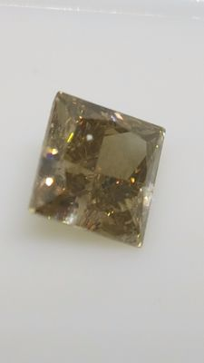 1.13 ct - Princess Cut - Brown - VS1