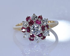 1.38 ct Ruby and Diamonds, floral ring - No reserve price!