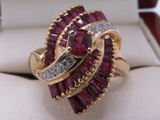Certified gold cocktail ring with diamonds & rubies – 1.95 carat in total / Si1-VS2 / 17.80 mm **No Reserve**