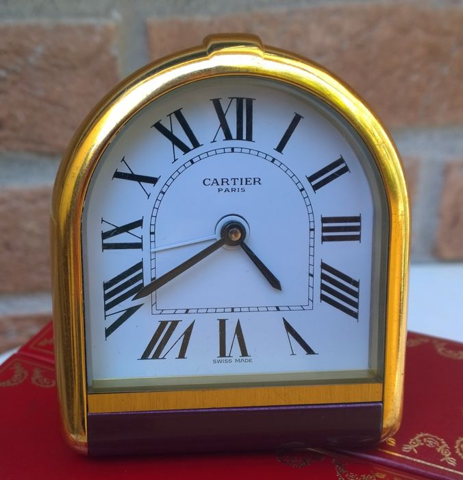 Cartier Paris Swiss Made – Table clock with alarm – Circa 1990 in good condition