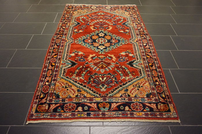 Magnificent semi-antique Persian palace carpet, US Sarough, 130 x 210 cm, made in Iran, natural dyes, old rug