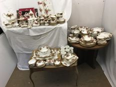 Royal Albert Bone China - 150-piece tableware set