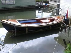 Classic-lined Sloop 6 meters - 1950