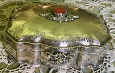 Sterling silver box coffer, Italy