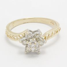 14 kt Yellow Gold 0.33 ct Diamond Ring  ,  Size: 6.5