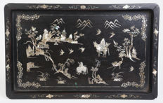 Very beautiful antique Chinese wooden plateau with mother-of-pearl inlay – China – nineteenth century