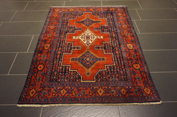 Unique Persian carpet Senneh natural dyes Made in Iran120 x 170 cm