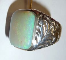 Antique men's ring, 800 silver, new and luxurious solid opal from Coober Pedy, Australia, octagon cut
