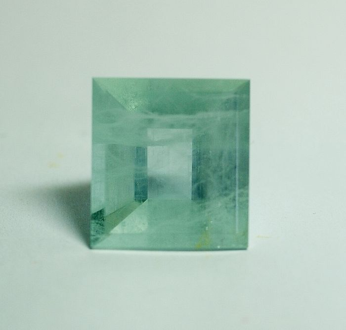 Aquamarine - green-blue,  28.12 ct