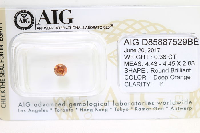 Diamond – 0.36 ct – (Treated for Colour) – No Reserve Price