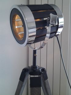 Beautiful modern - rotating (360º) spotlight on tripod - from wood, metal, and electric wiring.
