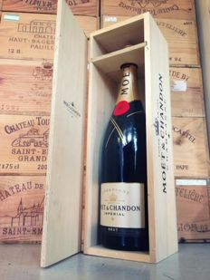 Moët et Chandon, Brut Imperial Champagne - 1 jeroboam 3 liters in OWC