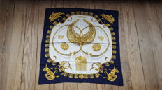 Hermes Paris - 'Les Cavaliers d'Or' scarf - designed by Vladmir Rybaltchenko in very good condition