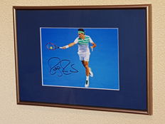 Roger Federer - Tennis legend - hand signed framed photo + COA