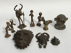 10 African bronze figures including gold weights - ASHANTI - Ghana