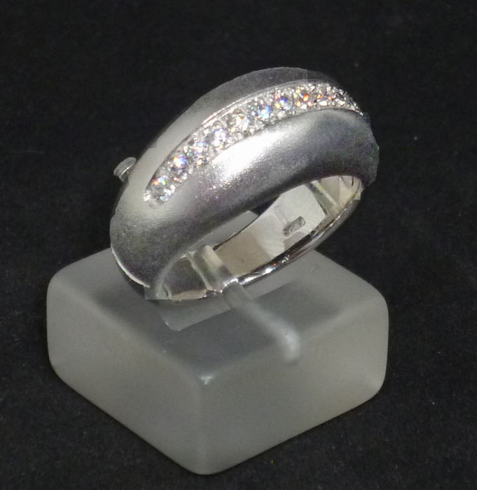 K18 white gold Ladies Ring with cubic zirconia - Size: 53