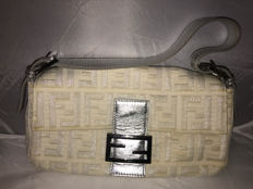 Fendi - Roll Bag - Shoulder bag