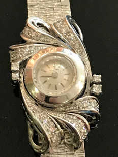 Longines wristwatch, made from gold and Top Wesselton diamonds