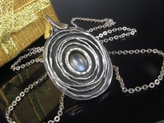 """Perli"" silver modernist pendant with moonstone on chain"
