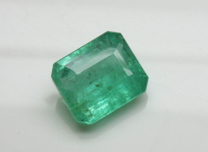 Emerald - 5.32 ct - No reserve price