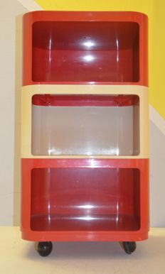 Anna Castelli Ferrieri for Kartell — Interlocking storage container