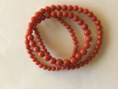 Antique coral necklace - endless