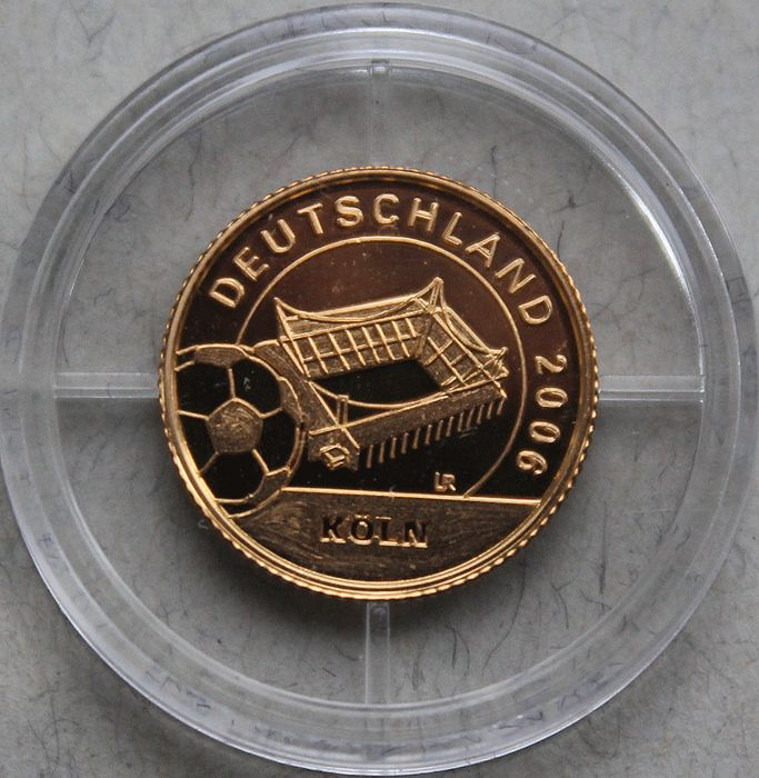 "Liberia - 10 dollars - ""World Cup 2006 - Cologne Stadium""- gold"