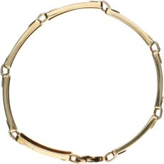 14 kt Yellow gold link bracelet set with 14 brilliant cut diamonds of approx. 0.005 ct each –Length: 19.5 cm
