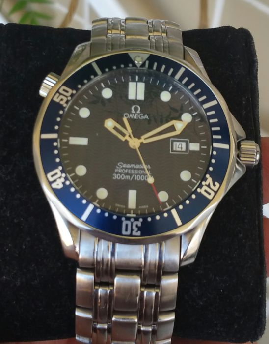 Omega Seamaster Professional 300 m – James Bond –  large model 41mm