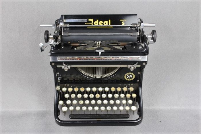 Antique Naumann Ideal typewriter, Germany, around 1930