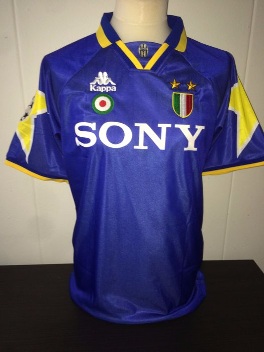 2c1d2a9aa16 Alex Del Piero   Juventus - Champions League Final shirt 1996 vs Ajax.