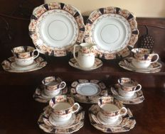 Melba fine china Imari style tea set - 27 pieces