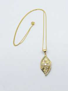14 carat yellow gold chain with drop  pendant  - 45 cm