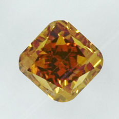 Diamond – 0.45 ct, VS2 – Intense Yellowish Orange