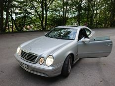 Mercedes-Benz CLK 55 AMG in a collectible condition - YOM 2000