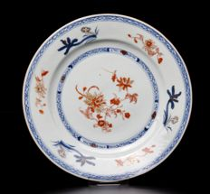 Fine blue and iron-red plate (ex Bonhams) - China - ca. 1750
