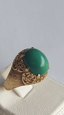 18 K Ring with Green Turquoise