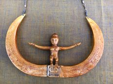 Vintage Large Wild Boar & Fish Bone necklace - West Timor