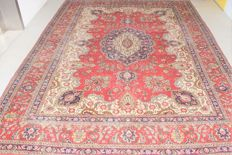 Vintage Persian carpet Tabriz / Iran 20th century ca: 1950. walked on, approx 375x270cm, with certificate of authenticity.