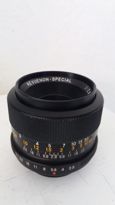1. Wide angle lens  Revuenon-Special 1:2.8/ 35mm  N0.457349  +  1. Lens Carenar Auto Zoom F/4.5  85-210mm  N0. 321515