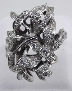 Ring in white gold and diamonds, 0.80 ct - Ring diameter: 17 mm, N/UK, 6.50/USA