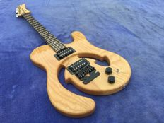 Kronodale electric guitar ash body