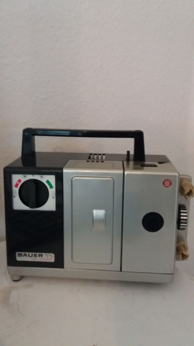 VINTAGE (1965) Robert Bosch Bauer T1 Super TW 14 S1/2 8mm film projector
