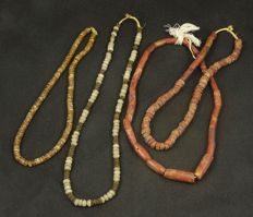 Nice set of West African necklaces, bauxite, glass and flintstone